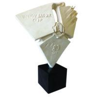Награды и Лаборатория Delfin